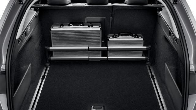 /image/26/6/peugeot-308-sw-accessoires-confort-2-640.305266.jpg
