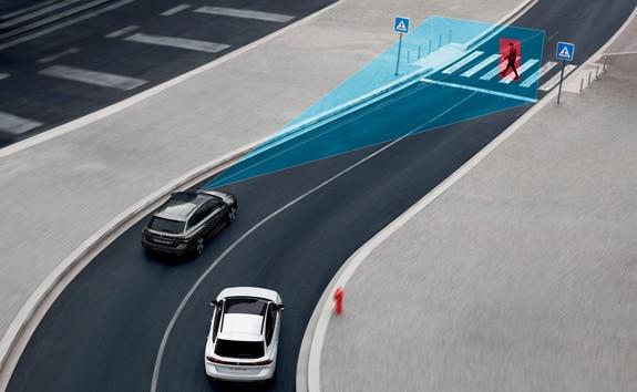 Nouveau break PEUGEOT 508 SW, freinage automatique d'urgence Active Safety Brake avec alerte au risque de collision Distance Alert