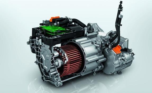 SUV électrique PEUGEOT e-2008: motorisation électrique 100kW