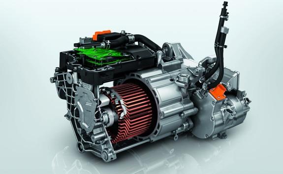 Nouveau SUV électrique PEUGEOT e-2008 pour les professionnels : nouvelle motorisation électrique 100kW