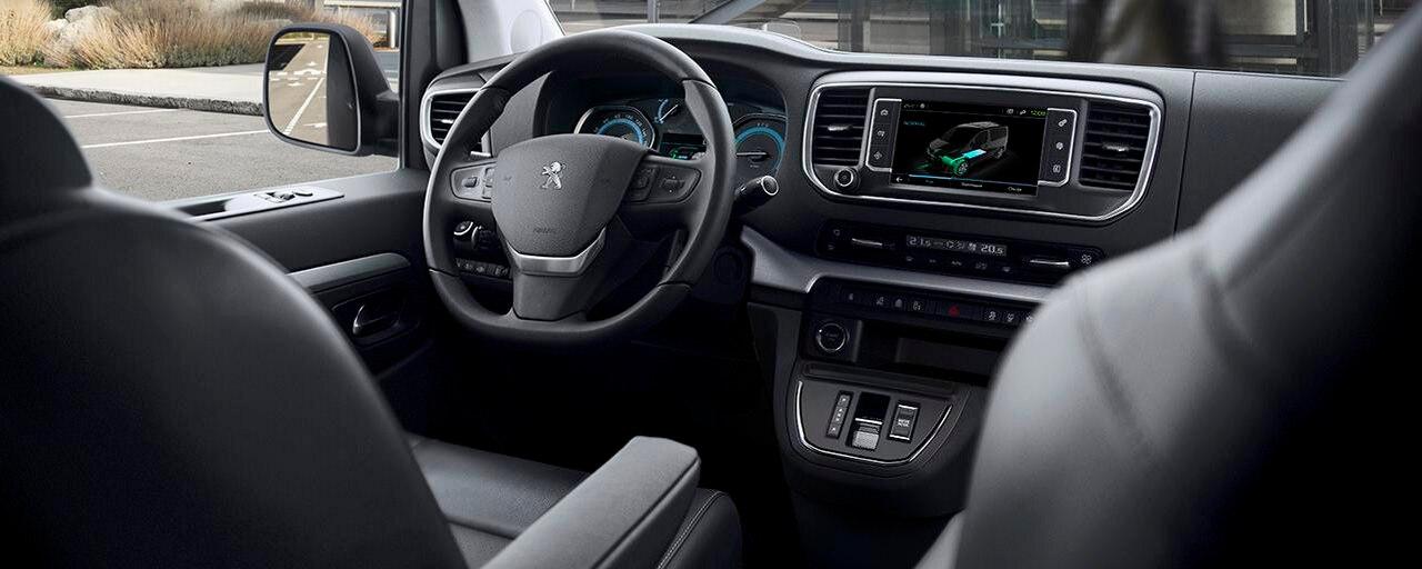 Nouveau PEUGEOT e-TRAVELLER – Poste de conduite électrique