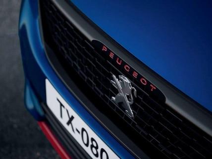 PEUGEOT 308 GTi by PEUGEOT SPORT  - calandre, lettrage rouge, face avant