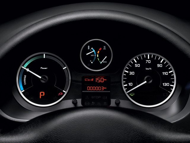 /image/83/7/peugeot-partnerelectric-homepage-06.170837.jpg