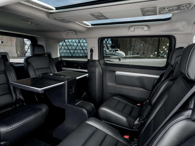 PEUGEOT Traveller Business VIP : configuration salon VIP