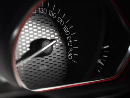 PEUGEOT 208 GTi : compteur du combiné vision