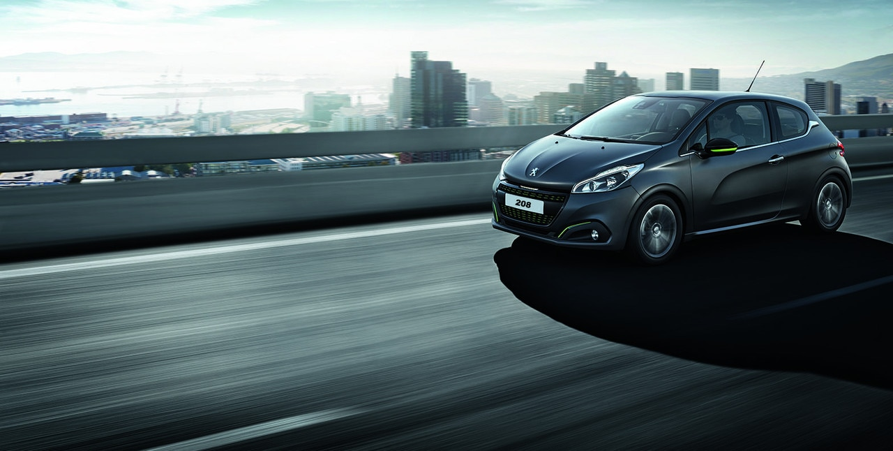 Peugeot 208 interieur voiture galerie for Verification exterieur 208