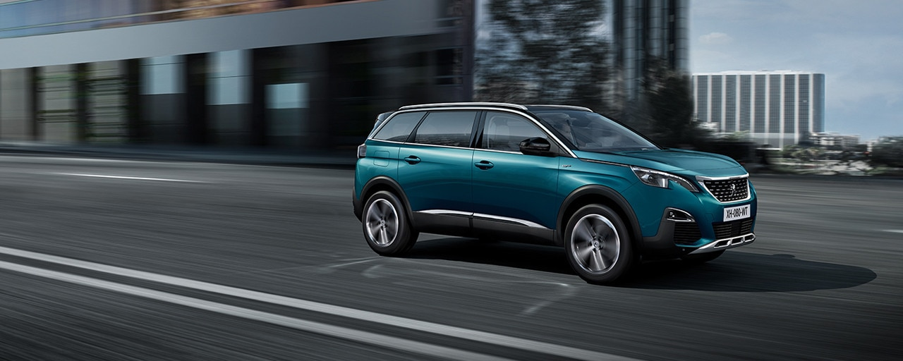 SUV PEUGEOT 5008, le SUV 7 places modulable, technologique et raffiné
